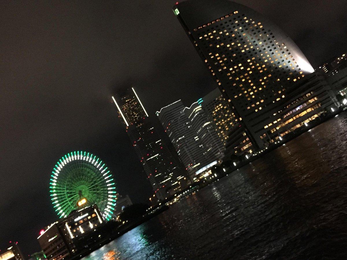 #誰が一番綺麗に夜景を撮れるか選手権 http://t.co/da0q6kQUuA