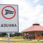 "Nuevo pase fronterizo entre #Nicaragua y #CostaRica ""abre a medias"". http://t.co/rvr0LAJZrp http://t.co/7JSDE20ztL"