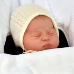 We have a name! ❤ HRH Princess CHARLOTTE ELIZABETH DIANA of Cambridge ❤ #RoyalBabyGirl http://t.co/nEyJ84dtfY