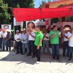 """""""@alitomorenoc: 📢 Visitamos la comunidad de Chuiná en Champotón #ConTodoParaTodos http://t.co/BYuPNkl2xn""""/ #QuererEsLograr #AlitoGobernador"""
