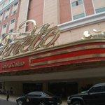 """EXCLUSIVA: Gobierno intervino al casino Veneto debido a su """"mala situación financiera"""" http://t.co/leOzVX839S http://t.co/PAxWb4N9Kt"""