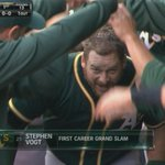 GRAND SALAMI for Vogt. #Athletics lead 4-0, top 1st. http://t.co/XO0RxDjmYu