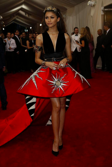 So happy to see my girl @Zendaya killing it at the #MetGala in @faustopuglisi! @ENews http://t.co/bJ5GKJ6evu