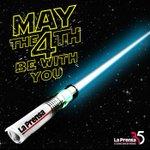 El 4 de mayo de cada año se celebra el Día de Star Wars. ¿Qué lado eliges, Jedi o Sith? #MayThe4thBeWithYou http://t.co/GIg2nfopHR