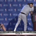 """.@StephenCurry30 responds to Draymond: """"Don't worry. I'll beat that gift."""" #MVP http://t.co/wh5hXd4Coj"""