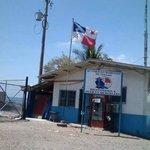 Miren la posición de nuestra Bandera Panameña, en esta institución @AlvaroAlvaradoC @JCTapiaLMB @MuchaNocheNex http://t.co/7lhMC2COII