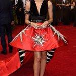 Zendaya hits the 2015 #MetaGala red carpet! http://t.co/bbioSjfMPu