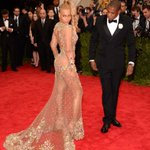 Lookin so crazy in love... #MetGala ???? http://t.co/Yq5CmiEbDX