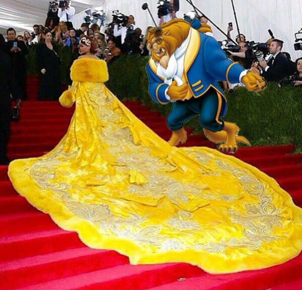 Bossip (@Bossip): WHO DID THIS?!? #MetGala http://t.co/NuarFnUcPT