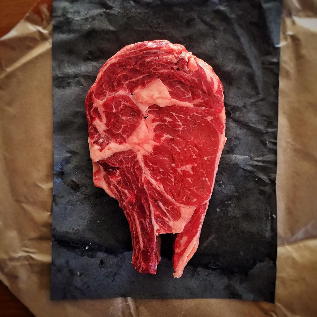 She's the fastest hunk of meat in the galaxy...custom cut steak @Petesmeats #MayThe4thBeWithYou @starwars #starwars http://t.co/YiKaQuNl6e