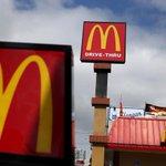 """El director ejecutivo de @McDonalds admite que las cosas van mal y promete cambios http://t.co/p42yl3UTBT http://t.co/k1iFs7JtU6"""""""
