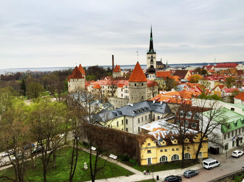 The fairytale centre of Tallinn is just as colorful as I remember it. Brilliant. #jaywaybaltics http://t.co/H1GYzlTWPZ