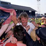 25 years ago today, Blades up Owls down, what a brilliant day, along with Darlington its my best day being a Blade http://t.co/w3YdUJPocu
