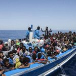 Around 40 migrants drown in sinking off Italy: NGO http://t.co/TNHOpNMpKJ http://t.co/jOLKKNlDyA