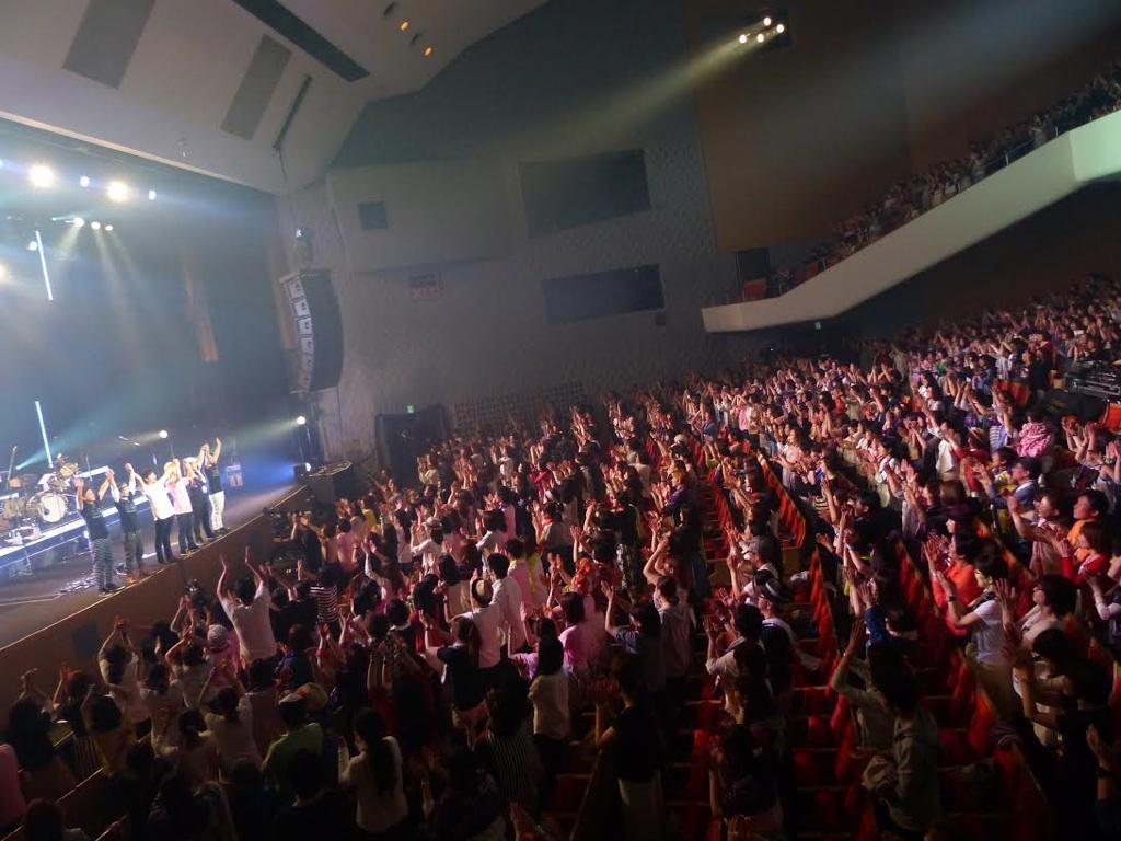 3.そんなステージに立たせてくれた吉田山田ありがとう。  心から感謝します。  明日は博多公演!  気を引き締めて行ってきます。 http://t.co/OjCtjwqqBm