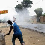 Burundi protests as court clears president's third term bid http://t.co/ufLhjrK5iX http://t.co/OsIGzVbRoH