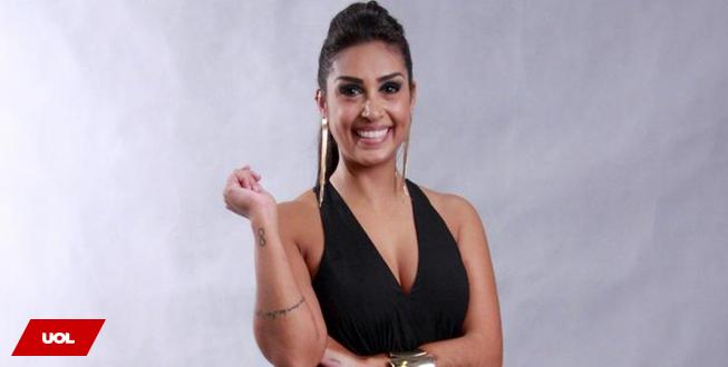 Ex-BBB Amanda comenta reconciliação de Fernando e Aline: 'Estou rica' http://t.co/8BdksOwWlx http://t.co/ld9Is3N2u7