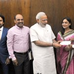 Renowned cricketer Shri Kapil Dev calls on PM Shri @narendramodi http://t.co/qiIeUbdwoW
