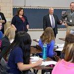 Iowa School funding deal reached, local legislator tweets http://t.co/rXcxChgaaZ http://t.co/6niCym3SXt