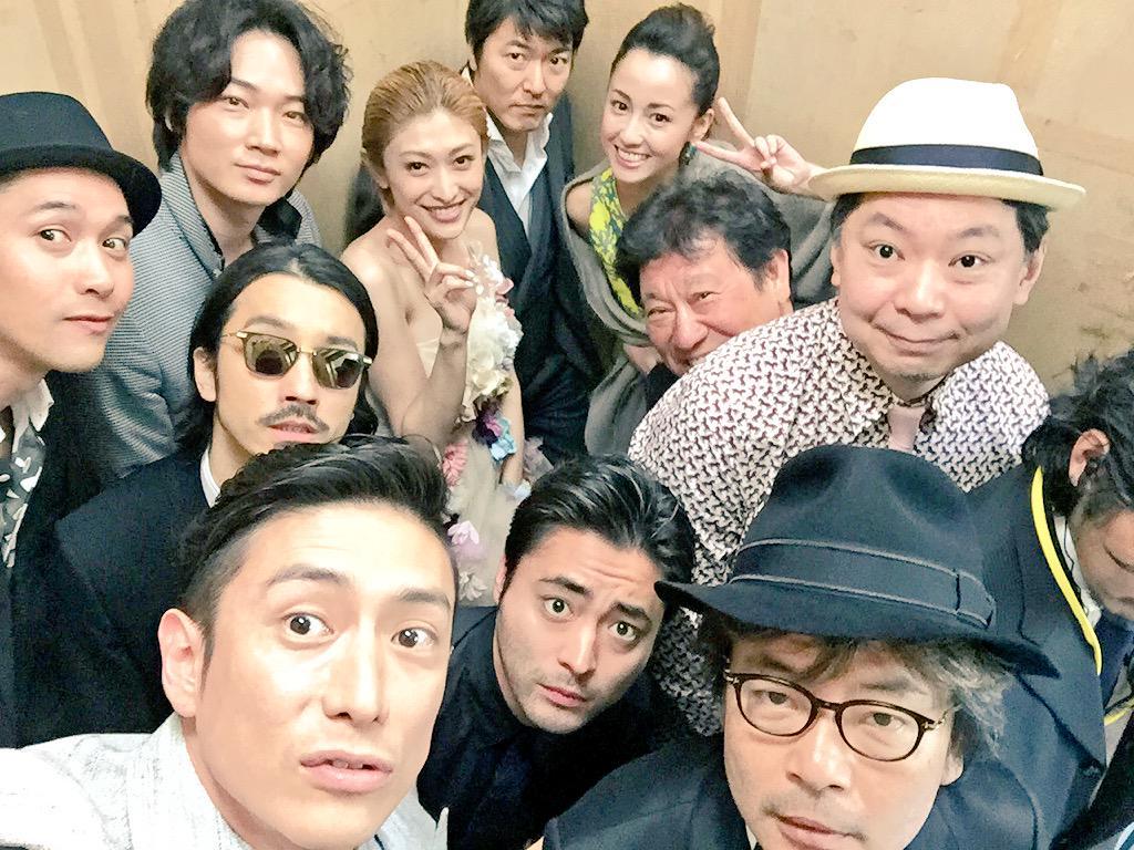 さてさて、舞台挨拶に向かいます。 イエーイ!!! #新宿スワン #selfie #舞台挨拶 http://t.co/QTNFwd0Hyv