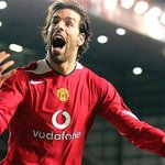"""the greatest..ruud boi """"@real_beautytips: Greatest Foreign Imports By Manchester United - http://t.co/BAcqZxA0dI http://t.co/yfKCK9R6Si"""""""