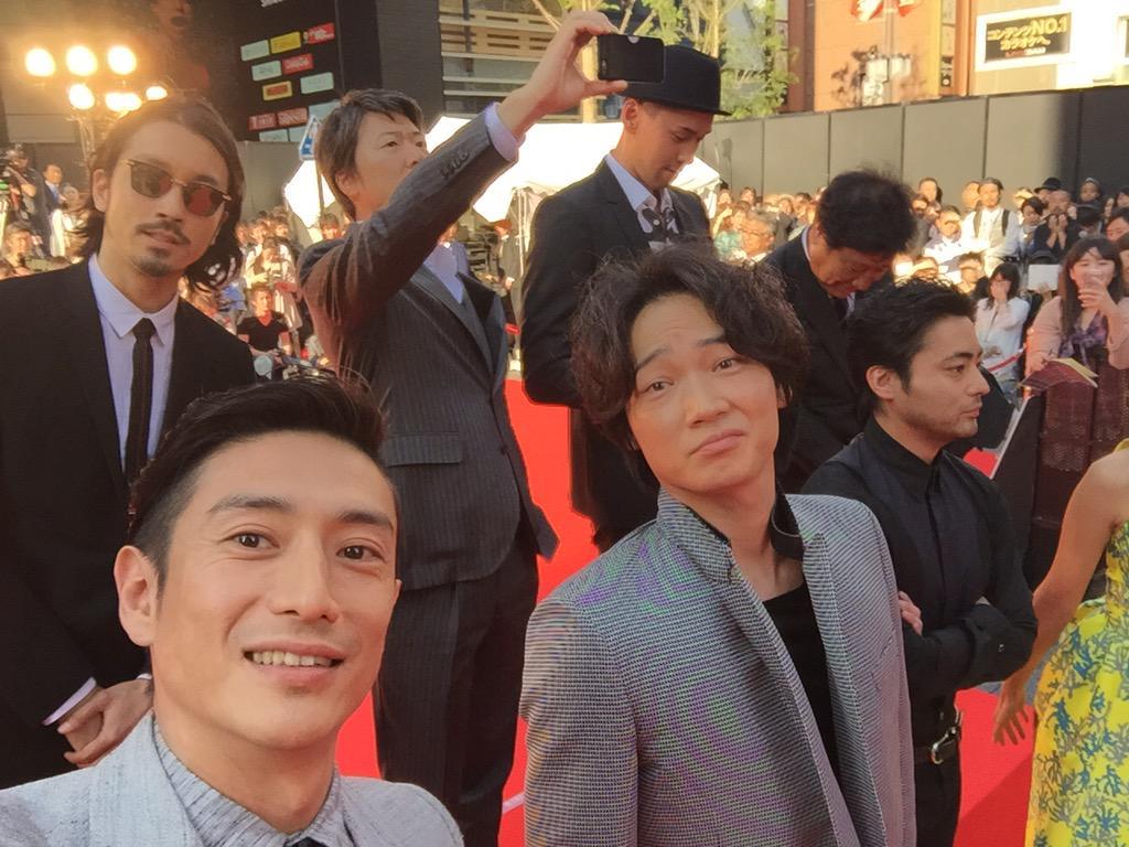 #新宿スワン #selfie #舞台挨拶 http://t.co/hJpL5FHF40