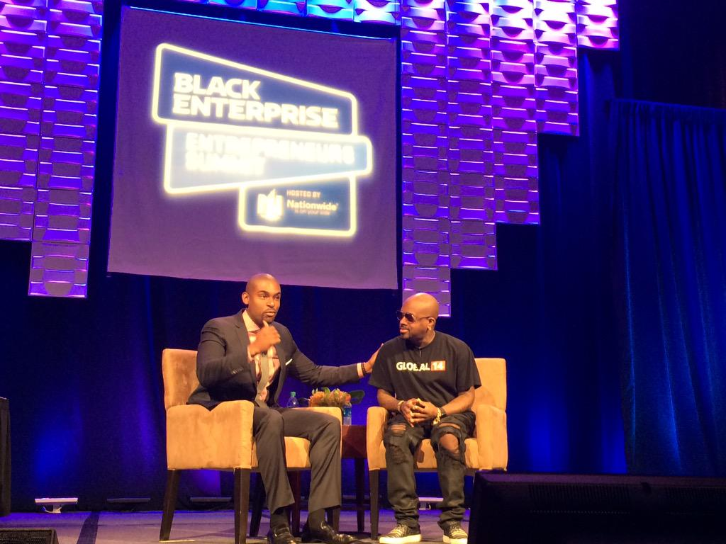@jermainedupri takes the stage at the @blackenterprise #BESummit Small Biz Luncheon! #proudsponsors http://t.co/1zzqka0Ixq