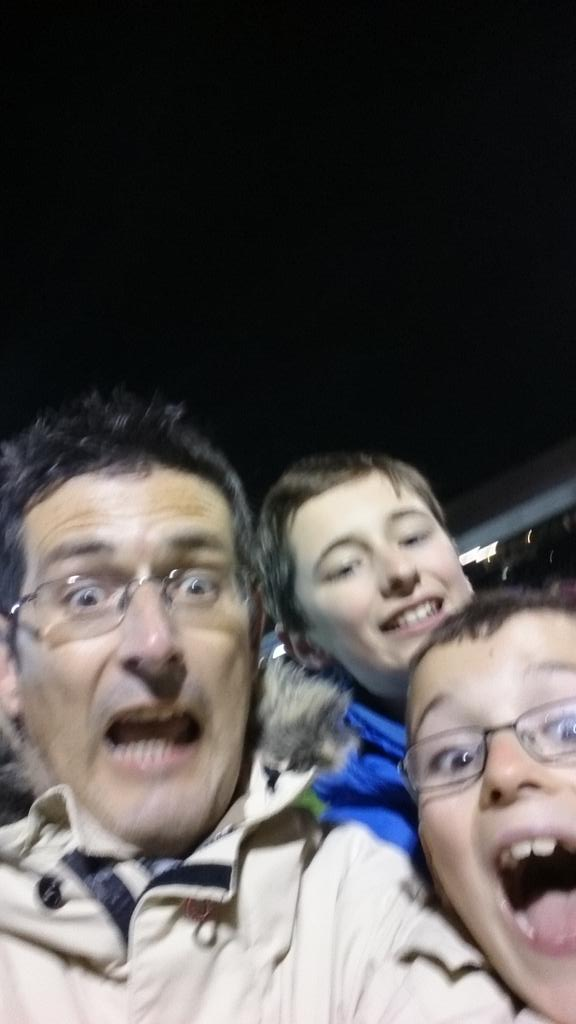 On the pitch! http://t.co/hx5r6AodYm
