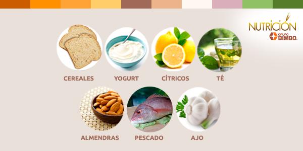 Descubre 7 alimentos que debes tener en tu cocina para combatir el estrés: http://t.co/A2rXuGrB0q #Bienestar http://t.co/vALUtk6GmV