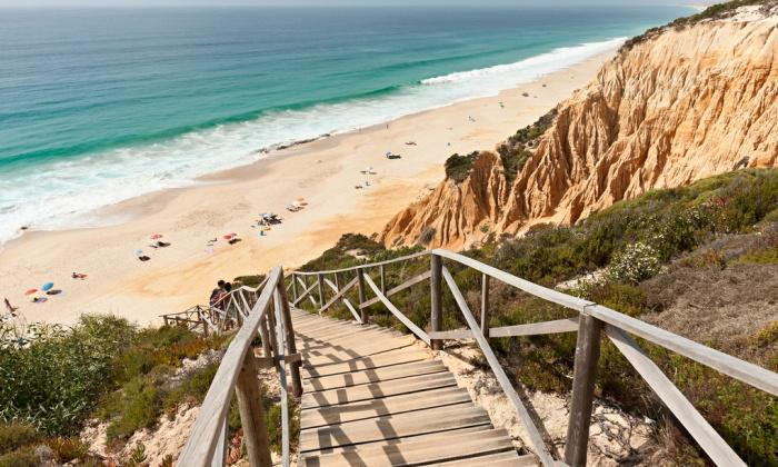 Travel tips: Comporta, Portugal, plus this week's best deals.