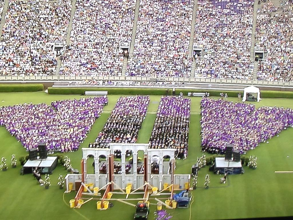 The #PirateNation looks awesome. #ECU2015 http://t.co/GkgKCqxR54