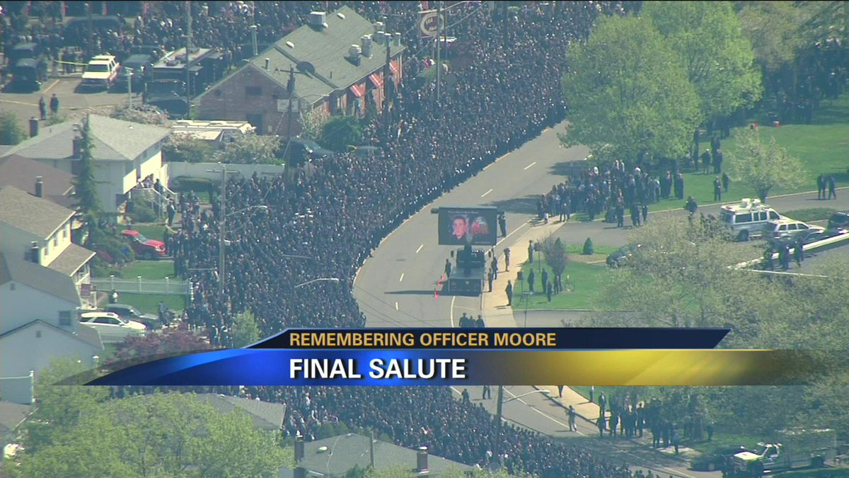 SEA OF BLUE: @News12LI has special coverage of fallen NYPD Officer Brian Moore's funeral - http://t.co/KM3ZcNSlEt http://t.co/SV60Lke8YH