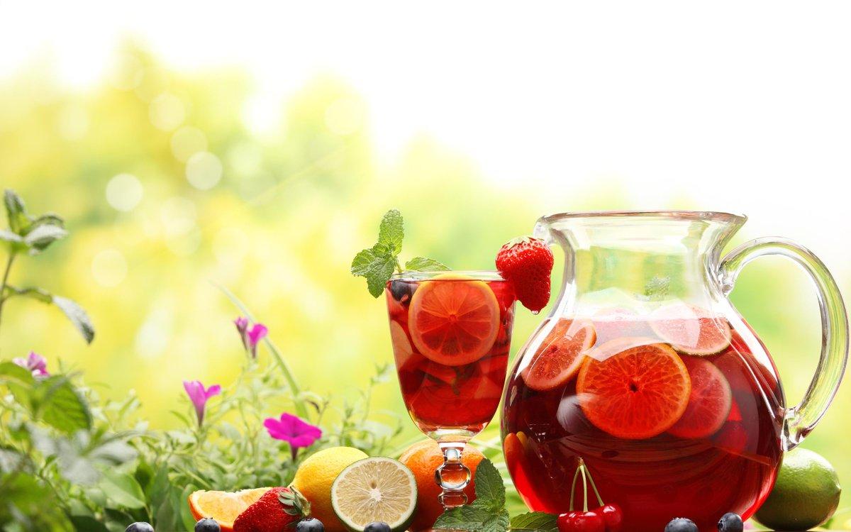 #DatoTMT La sangría, es un trago saludable que aporta los beneficios del #vino y las #vitaminas de las frutas. http://t.co/ltewl6YMM7