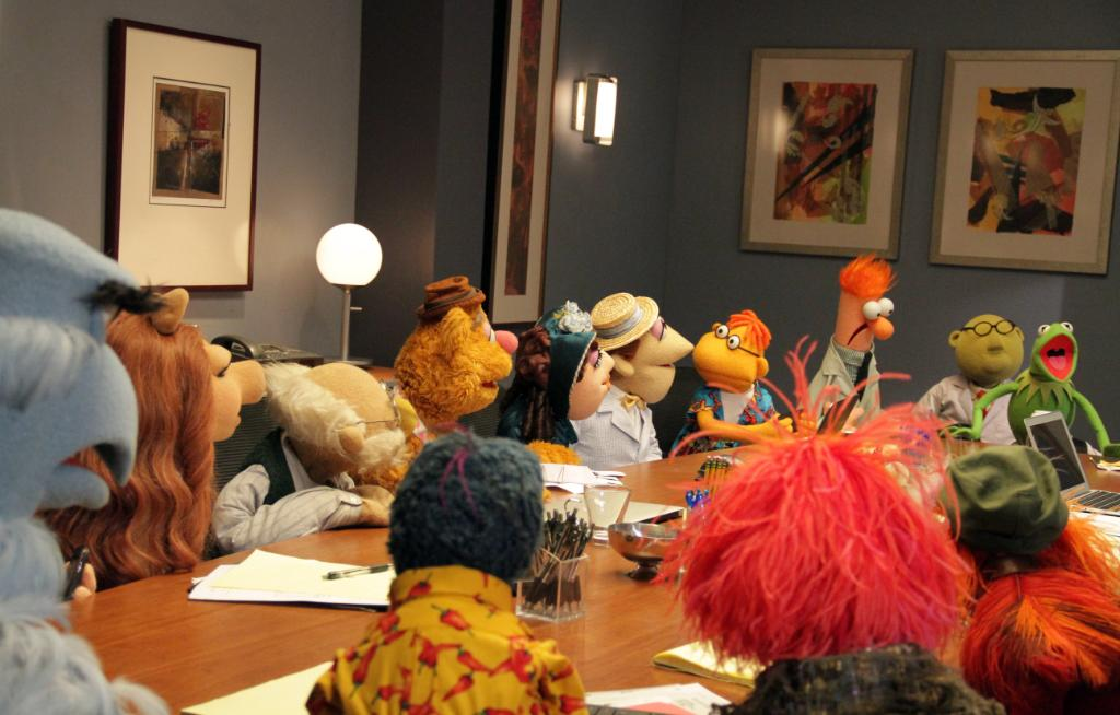 Sweetums-sized news! #TheMuppets return in a new primetime series: @TheMuppetsABC! Wait 'til you see Gonzo in hi-def. http://t.co/8n9KfEWKjo