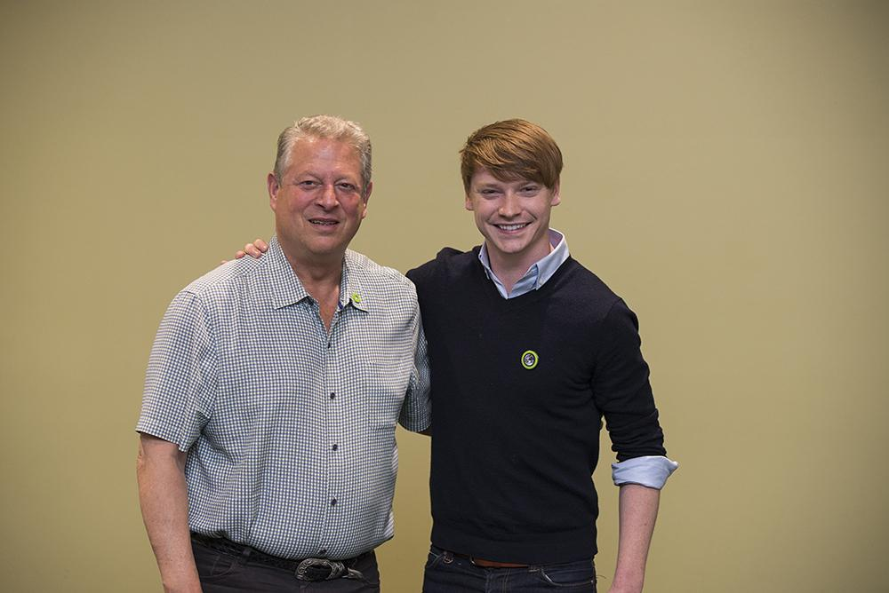 Great to meet @CalumWorthy, @DisneyChannel star and now a @ClimateReality leader! #CRinIowa http://t.co/Zo256CVWtC