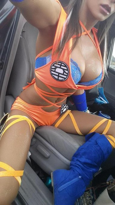 """@AssPicsDepot: Dragon Ball http://t.co/P6IoWDXIau"" u know I love and live for #DBZ"