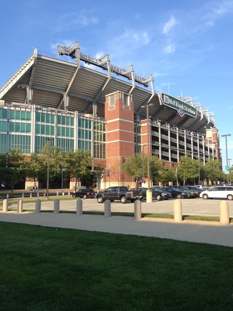 Home sweet home! #Baltimore http://t.co/5e6vyLNj1A