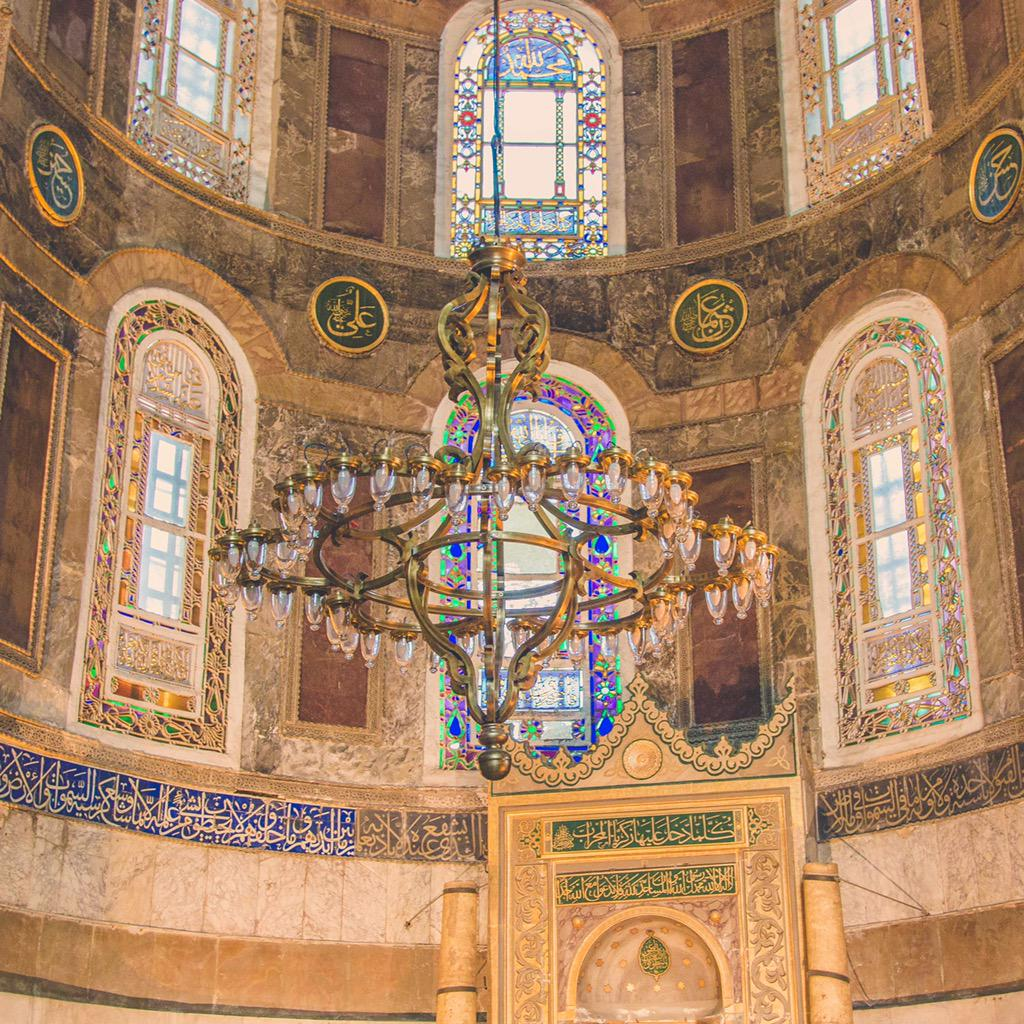RT @heynadine: ✨🎆💫 details inside the Hagia Sophia.