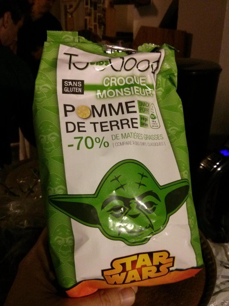 Des chips Star Wars, vegan-gluten-free, goût croque monsieur. Comment en est-on arrivé là ? http://t.co/eQhIpMefUu