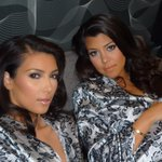 #SiblingSelfie @kourtneykardash & I on set at an E! Shoot #SELFISH http://t.co/Vh188pBaVL
