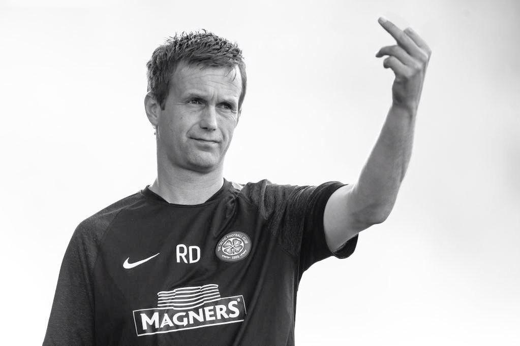 McInnes you called him Celtic's LeGuen, but you didn't take one point from our Ronny #Champions http://t.co/s8aoRT89oM