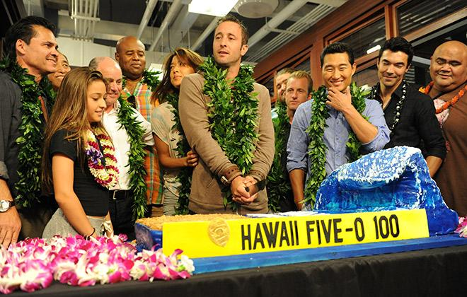 'Hawaii Five-0' renewed for sixth season #h50 http://t.co/4vhgTLTykw http://t.co/0JVrB6m2d3
