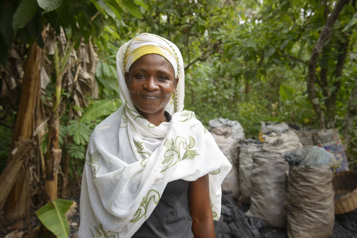 Sustainable farming is vital for the future. We're training farmers in 100+ Ghana communities: http://t.co/MEbrsk9m9u http://t.co/aWYsl7m1LN