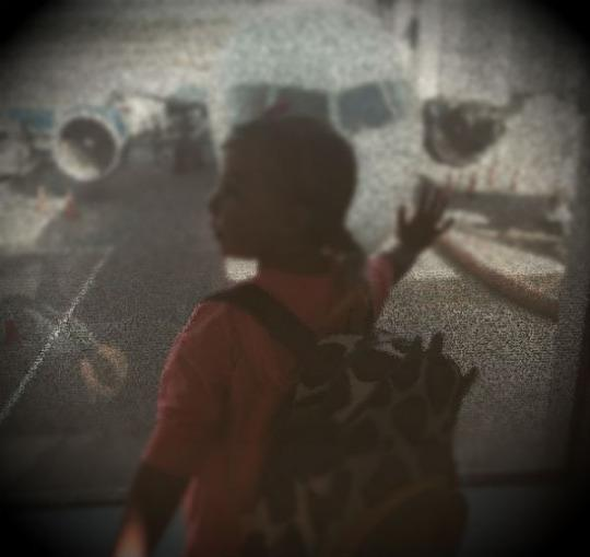Airline Seats 4-Year-Old Far From Dad, Charges $88 to Switch http://t.co/wXI82dxhgP @rberch http://t.co/Xph0K71awJ