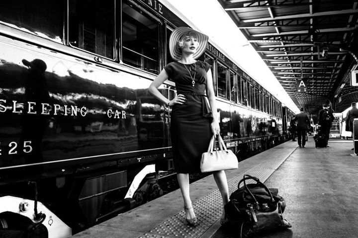 KITTY LaROAR performs on The Orient Express.This girl is GOING PLACES. Isn't It a Lovely Day? https://t.co/5GmpK6LC8w http://t.co/DNQHpupIyY