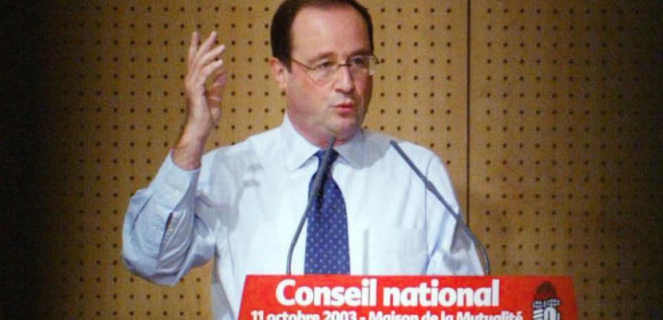 """Cuba : en 2003, Hollande dénonçait la """"dictature"""" de Fidel Castro http://t.co/WNkiI0cenW http://t.co/W0y70sJXRr"""