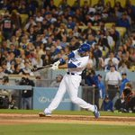 Andre Ethier keeps it going with a two-RBI double! Its 4-0 #Dodgers! http://t.co/pH0wgN03eB
