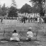 reminded me of your comments yesterday @peterhartlaub #Oakland Mt. View Cemetery, 1956 http://t.co/uKCWbLYC5U http://t.co/ARqERHO30B