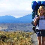 """영화 와일드의 원작자가 말하는 혼자 하는 여행이 남긴 것 : """"결국 자신이 혼자라는 걸 완전히 받아들이게 돼요"""" #여행 http://t.co/23Vh7ZhRGz http://t.co/nZCx4AUUAM"""