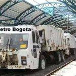 @EnjaqueDiaTV VEAN EL METRO DE BOGOTA.... (CHIMBO) @JuanManSantos @PetroGustavo http://t.co/rlCz05WYua